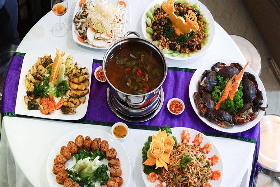 Gợi ý kinh nghiệm lựa chọn thực đơn nấu tiệc tại nhà ấn tượng và tinh tế