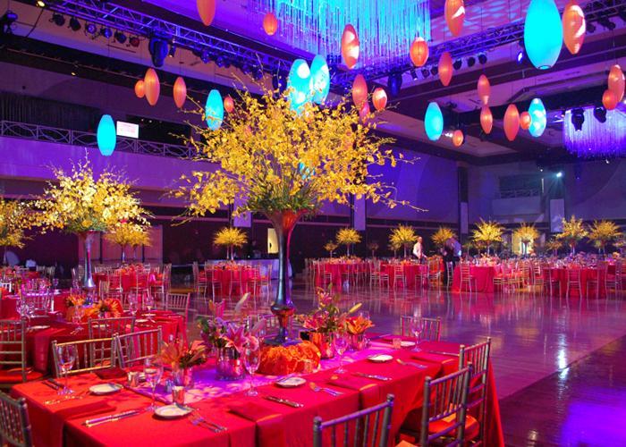 Tổ chức tiệc công ty hoành tráng cần chuẩn bị những gì?